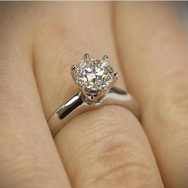 1 Carat Solitaire Diamond Ring
