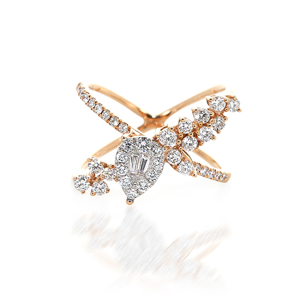Unique rose gold diamond ring