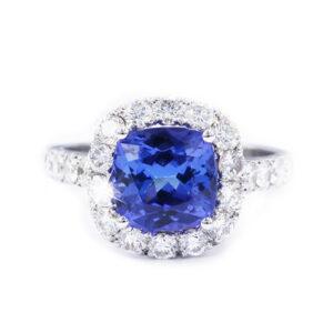 tanzenite and diamond ring